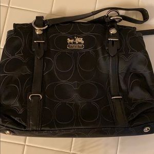 Brand new, never used - just have too many purses
